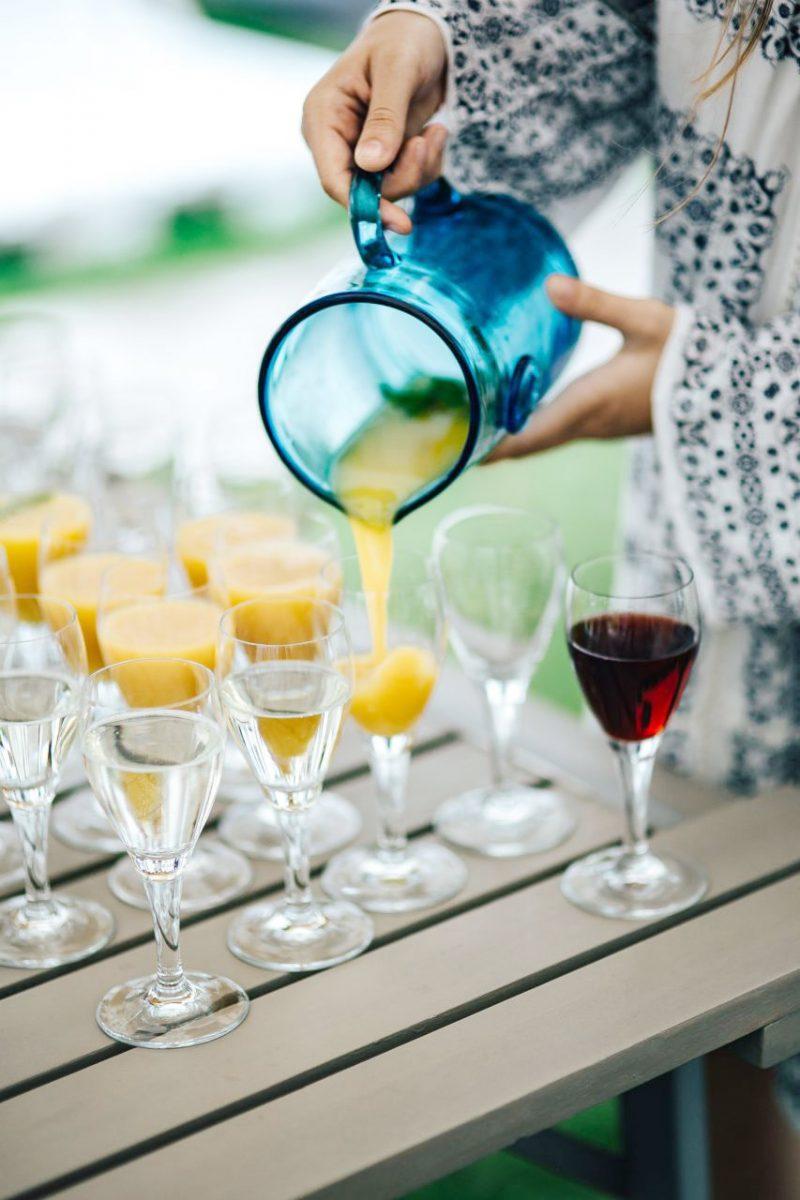 kaboompics_Glasses-of-orange-juice,-wine-and-water